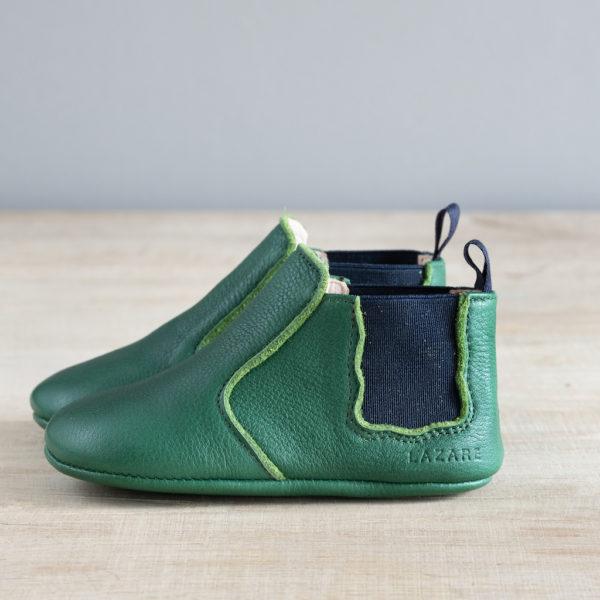 chausson cuir souple type boots verte de profil