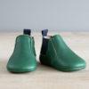 chausson cuir souple type boots verte de face