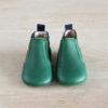 chausson cuir souple type boots verte de haut
