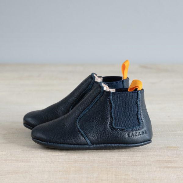 chausson chelsea boots bleu marine de profil