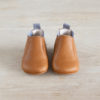 chausson chelsea boots couleur marron et gris de haut
