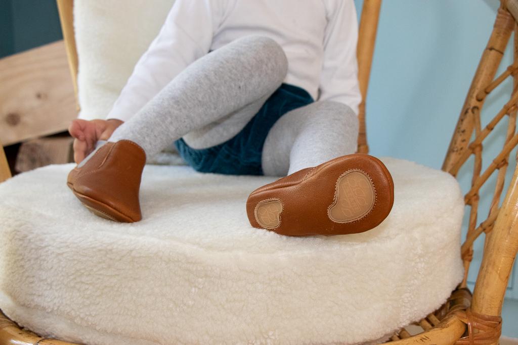 meilleures baskets 28a38 2610a Pourquoi mettre des chaussons en cuir souple ?- Lazare Kids ...