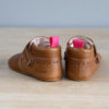 chaussons bébé en cuir souple Arielle marron vu arrière