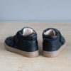 chaussures premiers pas souple Hector à lacets bleu marine vu arrière