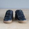 chaussures premiers pas souple Hector à scratchs bleu marine vu face
