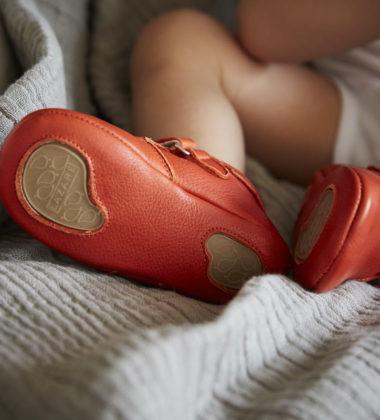 chaussures bebe rouge trop petites