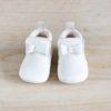 chaussons bébé Arielle blanc en cuir souple vu de face
