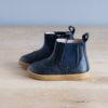 boots-chaussures-premiers-pas-Axelle-bleu-marine-vu-de-cote