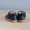 chaussures-premiers-pas-cuir-jules-bleu-marine-vu-arriere