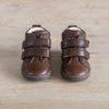 chaussures-premiers-pas-en-cuir-marron-chocolat-fermeture-a-scratchs-avec-semelle-souple-Lazare-chocolat-vu-du-dessus