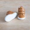 chaussures-premiers-pas-en-cuir-marron-fermeture-a-scratchs-avec-semelle-souple-Lazare-blanche
